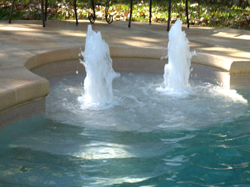 Swimming-Pool-Bubbler-Features-Blue-Hawaiian-Pools